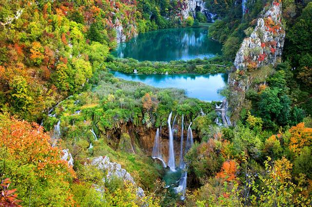 O Lago de Plitvice, na Croácia, é um dos lagos mais bonitos do mundo