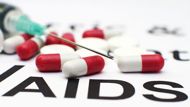 O coquetel para HIV é composto por 22 remédios