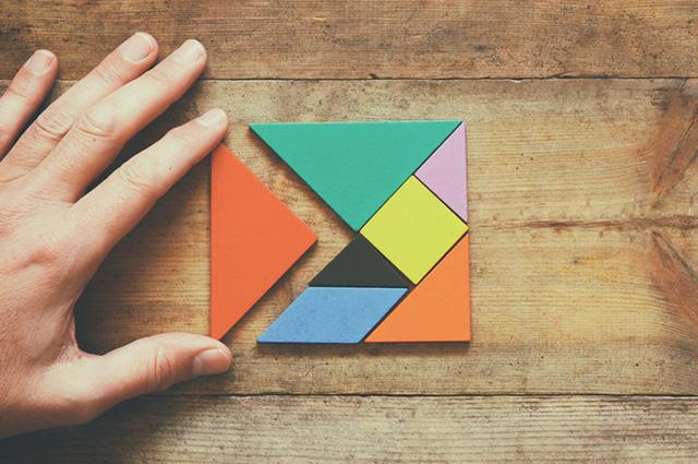 O tangram é um dos tipos de quebra-cabeça que agrega muitos benefícios para a mente