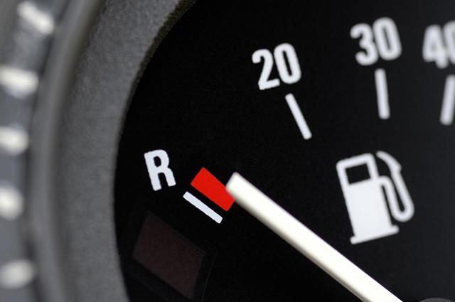 O etanol é mais barato que a gasolina, porém rende menos