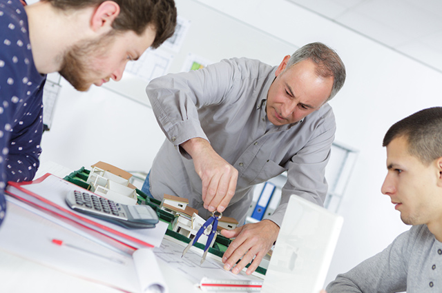 Os melhores cursos técnicos estão na área de automação e informática