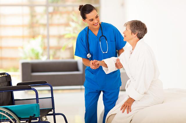 Entre os melhores cursos técnicos está o de técnico em enfermagem
