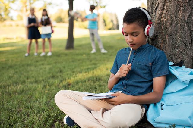 É possível aumentar o rendimento escolar escutando Beethoven