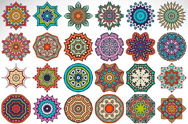 Várias mandalas coloridas