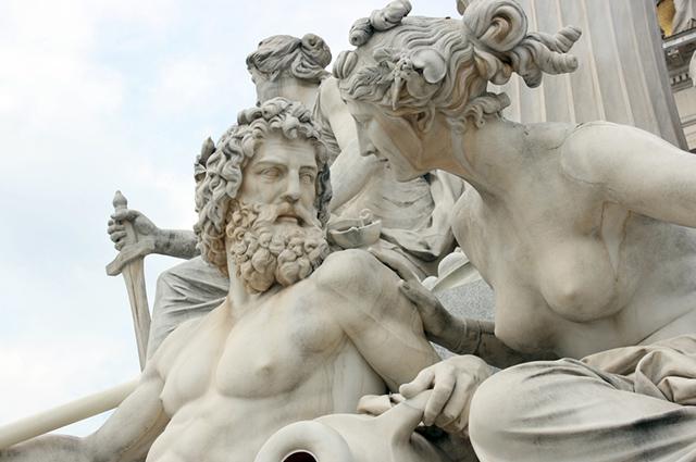 Estátua de dois deuses gregos