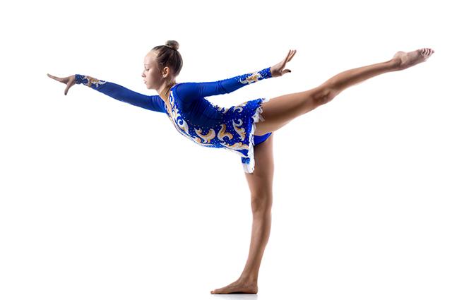Bailarina fazendo movimentos