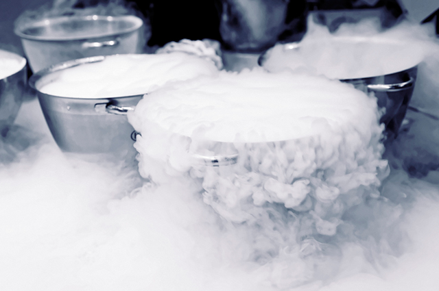 Fazendo sorvete com nitrogênio líquido
