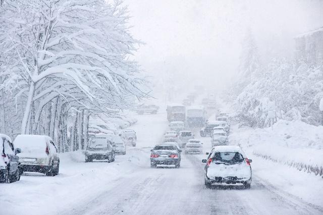 Carros na nevasca